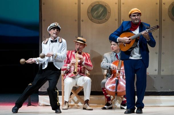 Los músicos del Titanica, Compañía Che y Moche. Premio Max 2010