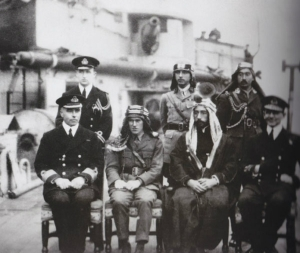 Emir_Faisal;_Lt._Colonel_T.E._Lawrence_-_early_1918